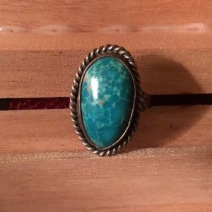 Jewelry - Vintage turquoise ring